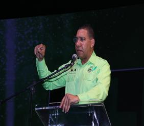 JLP leader and Prime Minister, Andrew Holness addresses Labourites at the party's 75th Annual Conference. (PHOTO: Llewellyn Wynter)