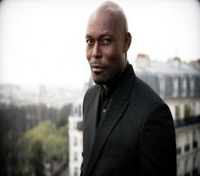 Photo : Jimmy Jean-Louis, acteur franco-haïtien Crédit-Photo : Renaud Monfourny [photographe des InrockUptible]