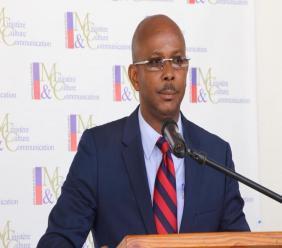 Carnaval annulé : Lapin disposé à répondre aux questions de la justice