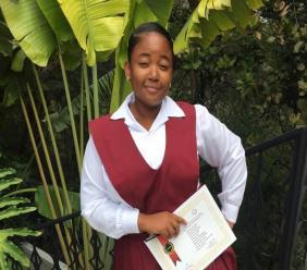 Victoria Antoine, jeune écrivaine pleine d'imagination