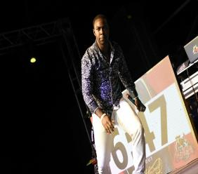 'Feeling the vibes': Natural Vibes overcame a slow start to win round five of the Guinness Sounds of Greatness sound clash last Friday. (PHOTOS: Marlon Reid)