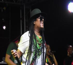 Maxi Priest performs at Appleton's National Rum Day celebration on Friday at Murray's in Clarendon. (PHOTOS: Marlon Reid)