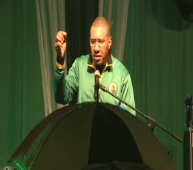 Prime Minister and JLP leader Andrew Holness speaks at a political meeting. (Photo: file)