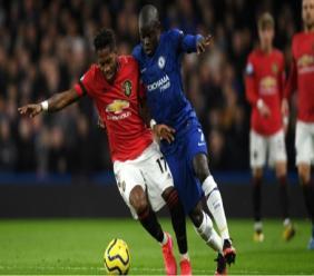 Chelsea midfielder N'Golo Kante (right).