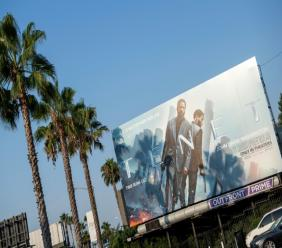 "Une affiche de ""Tenet"" à West Hollywood, en Californie, le 19 août 2020"