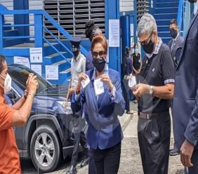 UNC leader Kamla Persad-Bissessar arrives at the Hermitage Presbyterian School, La Romaine on August 10, 2020 to cast her vote. (Photo by Darlisa Ghouralal)