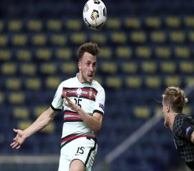 Portugal's Diogo Jota heads the ball in front of Croatia's Tin Jedvaj during their UEFA Nations League football match at the Dragao stadium in Porto, Portugal, Saturday, Sept. 5, 2020. (AP Photo/Miguel Angelo Pereira).