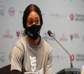 Elaine Thompson-Herah at the press conference ahead of the Wanda Diamond League meeting in Doha. (PHOTO: World Athletics).