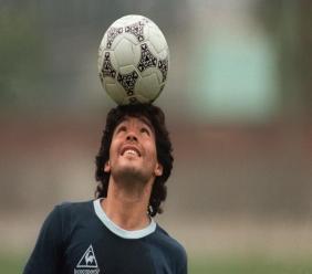 Diego Maradona à l'entraînement avec la sélection argentine, le 22 mai 1986 à Mexico JORGE DURAN AFP/Archives