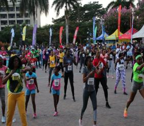 Participants warm up just before the 2020 staging of the Shelly-Ann Fraser-Pryce/Hugh Senior 5K Run/Walk at Emancipation Park in New Kingston.