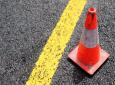 Personenauto's, vrachtwagens en andere zwaarbeladen trucks mogen overdag normaal rijden over de Afobakaweg. Maar in de avond is het verboden voor zwaar verkeer om tijdens de werkzaamheden gebruik te maken van de voornoemde weggedeelte.