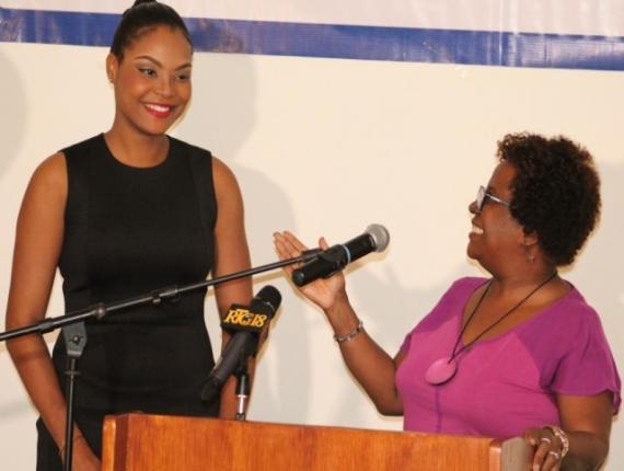 Saika Céus, étoile montante de la littérature haïtienne