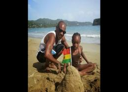 Kenroy Smith with his daughter Abbiegail in happier times.