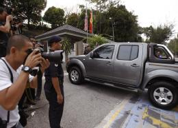 One of police vehicles carrying Vietnamese suspect Doan Thi Huong and Indonesian suspect Siti Aisyah arrives at Shah Alam court house at Shah Alam outside Kuala Lumpur, Malaysia on Friday, July 28, 2017.