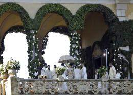 Guests attend the wedding of Indian Bollywood stars Deepika Padukone and Ranveer Singh at the Villa Balbianello in Lenno, Como lake, northern Italy, Wednesday, Nov. 14, 2018. (AP Photo/Luca Bruno)