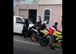 Screengrab of a viral video purporting to show a robbery in downtown Kingston.