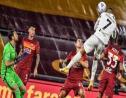 Ronaldo a usé de sa détente légendaire pour aller chercher au-dessus de la défense romaine une égalisation inespérée | AFP